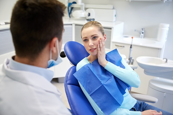 Upper-Mt-Gravatt-Dentist-FAQ- medicine, health care - toothaches