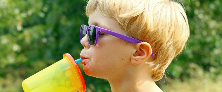 Which Aussie kids are at higher risk of tooth decay?